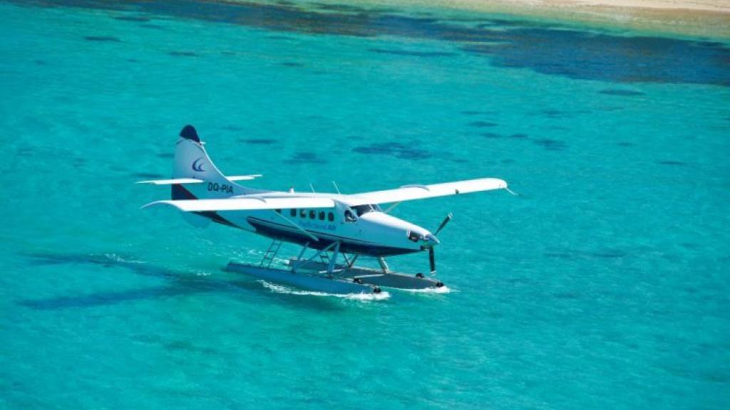 manta-rays-tour-sea-plane-92503-ws.jpg