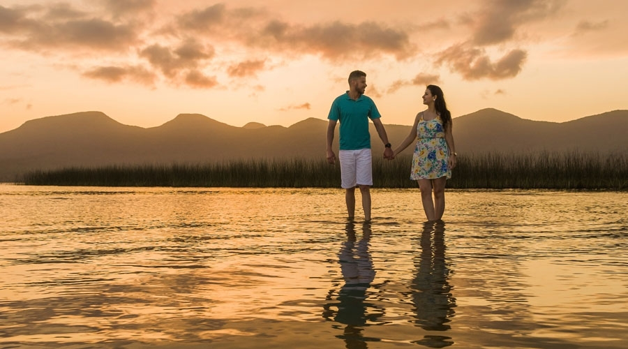 Andaman Islands Honeymoon Package with Flower Bed and Beach Candle Light Dinner