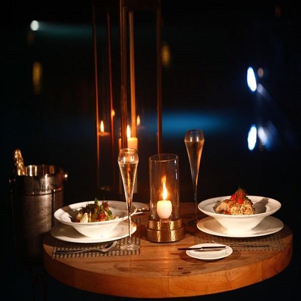 Beach Side Candle Light Dinner